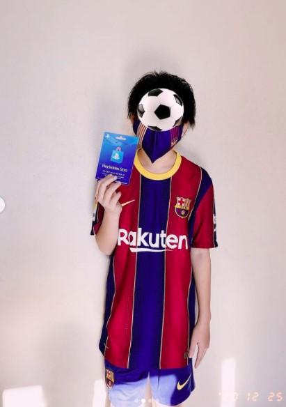 益若つばさの息子がサッカー好き