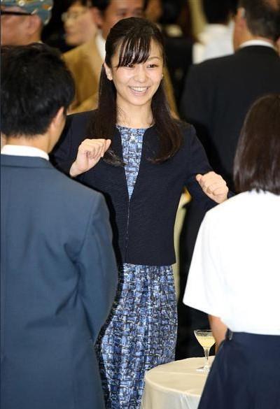 佳子さまの2016年の手話の様子